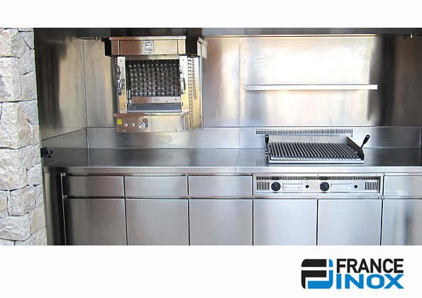 source a id l 39 inox une cuisine pour professionnels. Black Bedroom Furniture Sets. Home Design Ideas